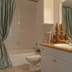 Lodge at Frisco Bridges Apartment Bathroom
